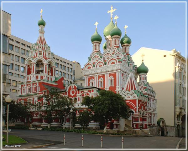 Церковь Троицы Живоначальной в Никитниках, ЦАО, Москва