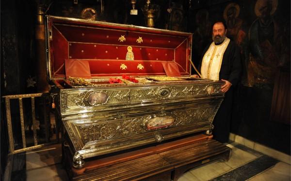 Святитель Спиридон Тримифунтский, епископ мощи, отец Артемий
