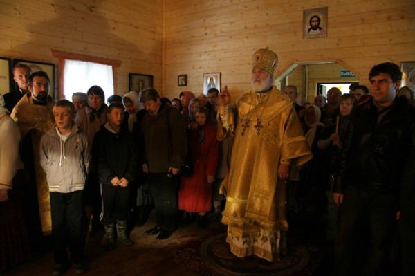 храм в честь священномученика Александра Цицеронова в селе Поливаново 1
