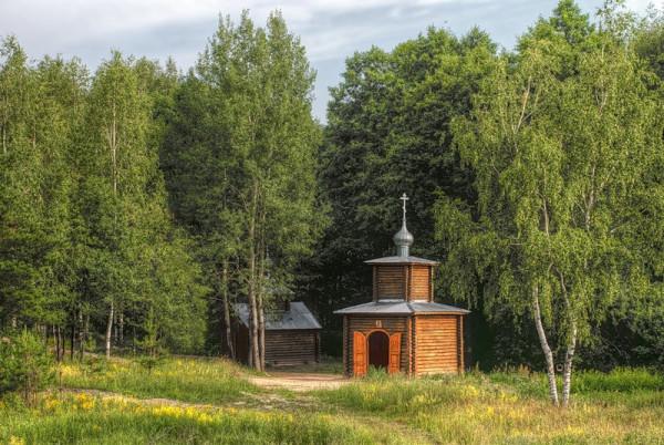 Лазарево, часовня и купальня на месте родника праведной Иулиании