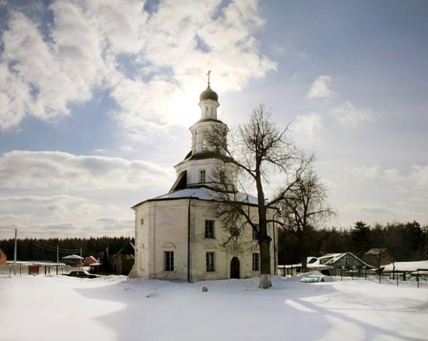 Храм Cвятителя Николая в  Полтево