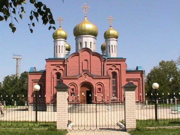 в честь священномученика воздвигнут Свято-Зиновьевский храм г.Усть-Каменогорска