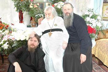 архимандрит Иоанн Крестьянкин и о. Тихон Шевкунов