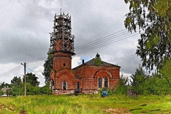 Церковь Троицы Живоначальной - Лобково - Кашинский район - Тверская область, восстанавливается
