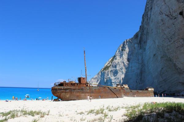 навагио затонувший корабль