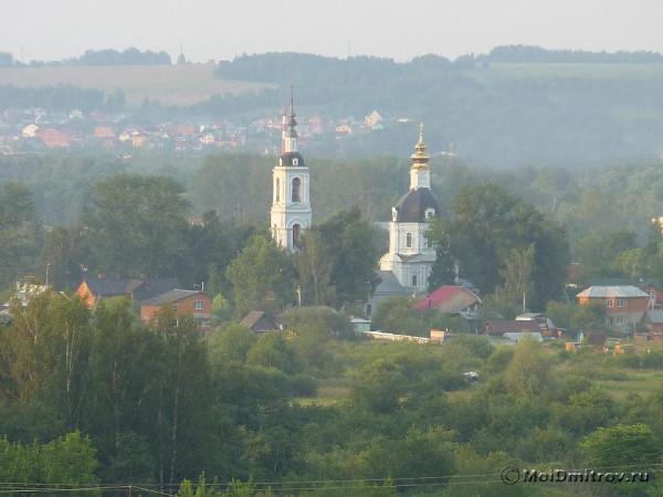Дмитровский Введенский храм