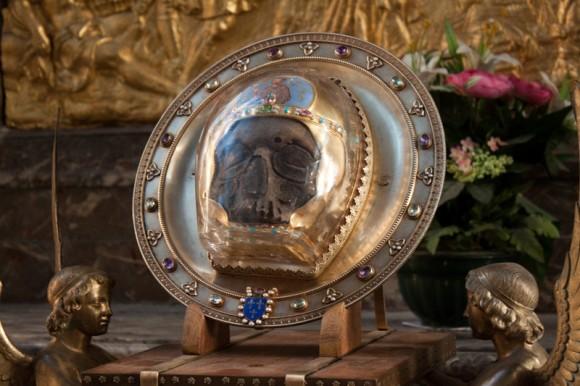 Глава Иоанна Крестителя, хранящаяся в Амьене (Франция)