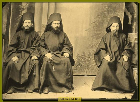 Афонские монахи, 1880-е годы, из фотоархива монастыря Симонопетра