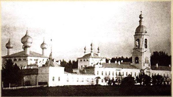 Адрианов Успенский монастырь на старой фотографии