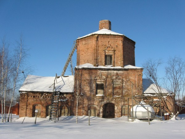 Церковь Троицы Живоначальной (старая) - Конобеево - Воскресенский район, не действует