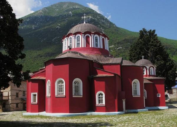 Великая Лавра на Афоне, монастырский храм, XI век в.