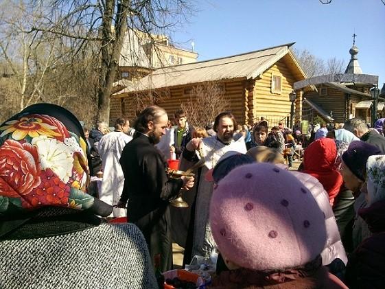 освящение в нашем храме о. Алексий и диакон Николай