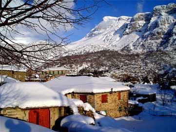 монастырь_Стомион_зимой