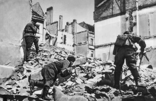 Бои в Берлине, апрель 1945 года