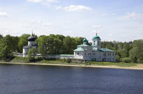 Псковский Спасо-Мирожский мужской монастырь