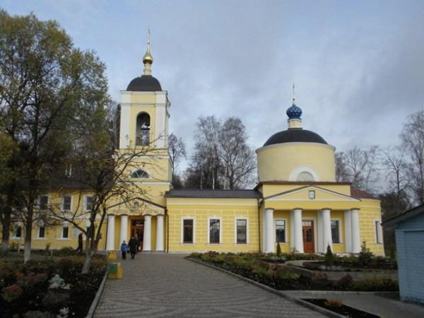Церковь Покрова Пресвятой Богородицы (Всех Святых) на Кокуевском кладбище - Сергиев Посад