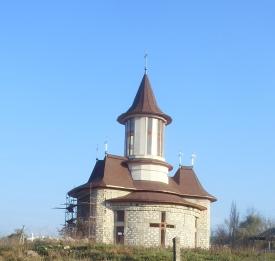 Церковь Святого Василия из Пояна Мэрулуй. Церковь расположена на перекрестке улиц Доробанць, Триколор и М. Горького, около 1 км от центра города и украшает эту старую часть г. Орхей.