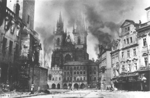 Прага 5 мая 1945 года, начало пражского восстания