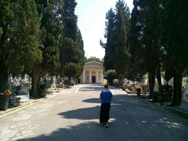 кладбище_храм_1