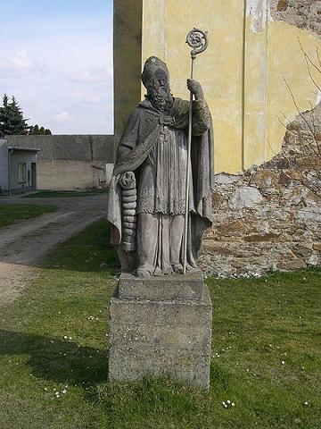 статуя сщмч. Еразма, Деревня Veselíčko в районе Писек, Чешская Республика