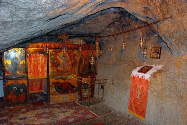 пещера ап. Иоанна Богослова на о. Патмос, Греция. Тут он написал свое Откровение...