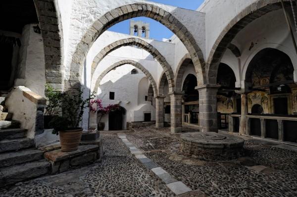 В монастыре ап. Иоанна Богослова на о. Патмос, Греция