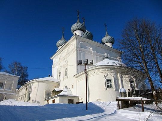 Юрьевец. Церковь Богоявления Господня (в XVIII веке монастырь был упразднен), где под спудом покоятся мощи блаженного Симона