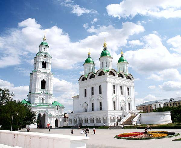 Успенский кафедральный собор в Астрахани