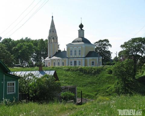 Свято-Троицкая церковь Ярославская область, г.Тутаев (на погосте)