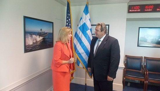 греческий министр обороны Панос Камменос