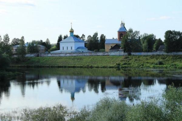 Свято-Духов Иаковлев Боровичский монастырь - Боровичи, восстанавливается