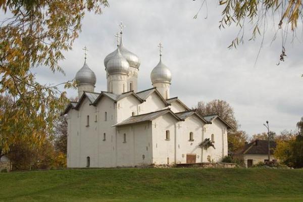 Великий Новгород. Церковь Бориса и Глеба в Плотниках