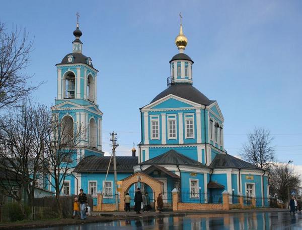 Сергиев Посад. Церковь Воскресения Словущего (Петра и Павла) в бывшей Каличьей слободе