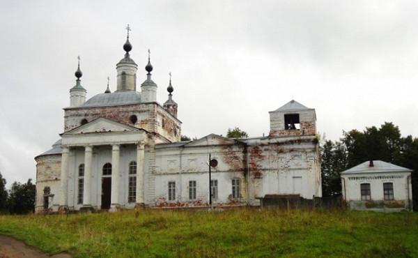 Церковь Троицы Живоначальной - Горбатов, восстанавливается