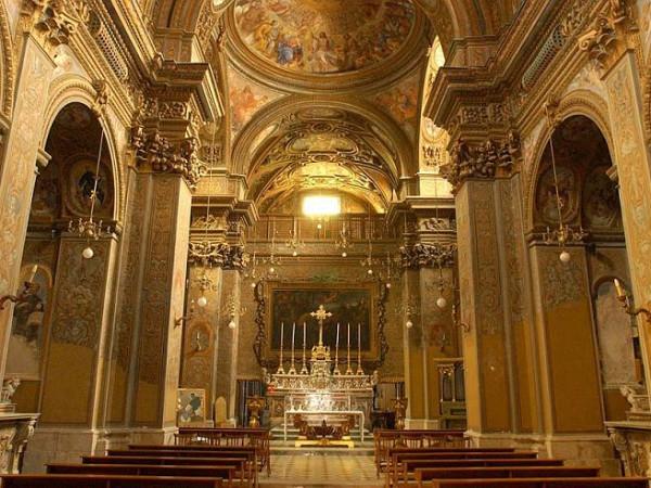 Церковь святого Георгия (Chiesa di San Giorgio), Италия, вид изнутри