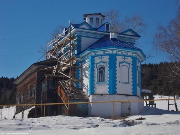 Церковь Введения во храм Пресвятой Богородицы - Верх-Суксун - Суксунский район - Пермский край ,восстанавливается, действует