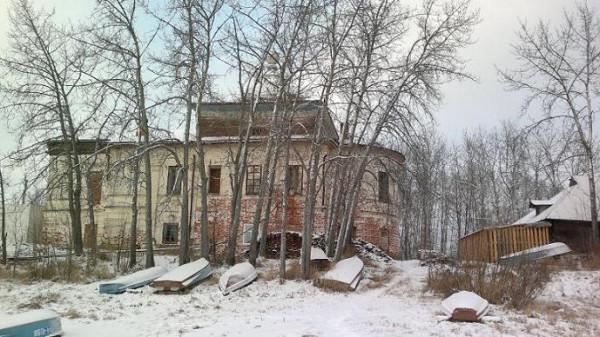 Александро-Куштский монастырь - Александровское - Усть-Кубинский район, в годы лихолетия разорен, не действует
