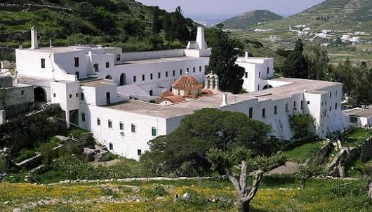 Лонговардский мoнастырь Живоносного Источника на острове Парос