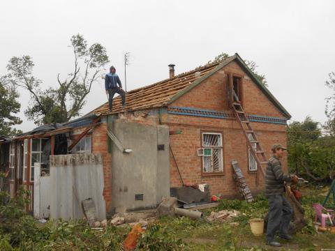 торнадо на Днепропетровщине 1
