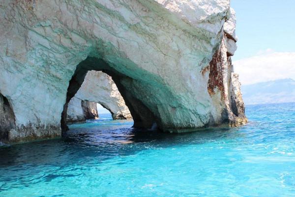 голубые пещеры внутри лабиринты