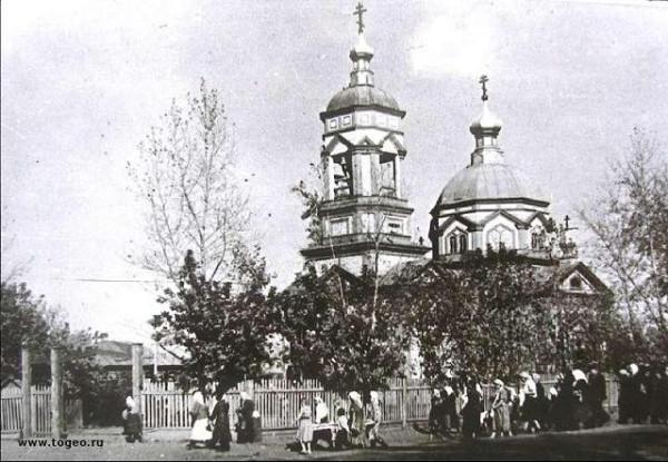 Сретенский храм г. Бийска, фото конца XIX века, разорен в годы лихолетия, в наши дни восстанавливается