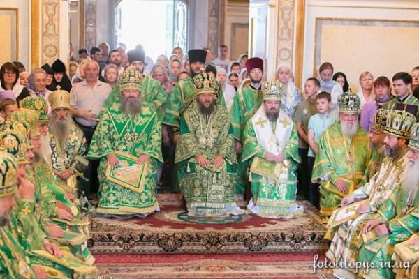Божественная Литургия в Киево-Печерской Лавре 23 июля 2015 года 1