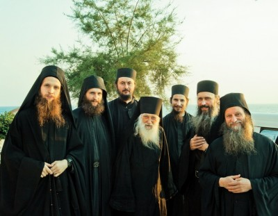 100-летний афонский старец-игумен Иеремия посетил русский скит Крумица 1