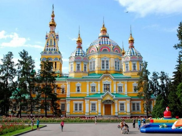 Вознесенский кафедральный собор в г. Алматы (ранее г. Верный)