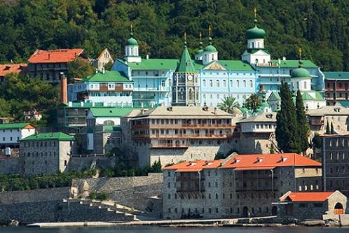 Русский на Афоне Пантелеймонов монастырь