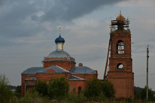 Троицкая церковь в селе Новлянское Волоколамского района