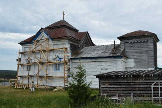 В деревне Сёльыб Удорского района всем миров реставрируют Богоявленскую церковь