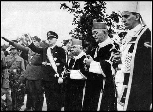 Крайний справа – архиепископ Загреба Степинац