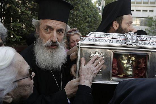 Принесение мощей св. Варвары вызвало всплеск антицерковной кампании в СМИ. Май 2015 г.