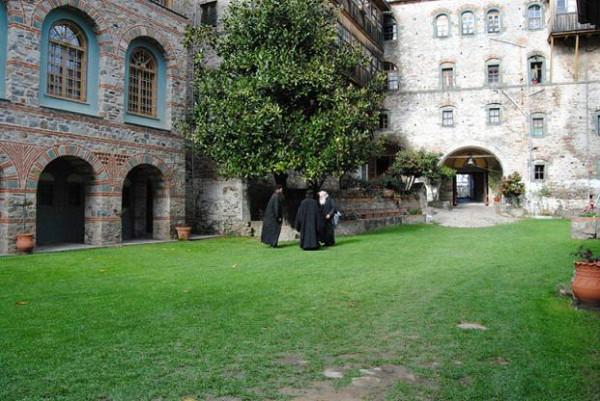 Монахи монастыря Филофей, Афон 1